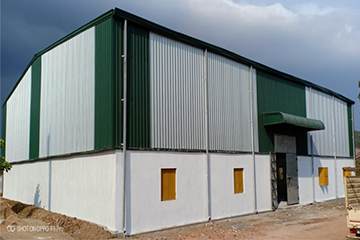 Design of the PEB shed in windy areas